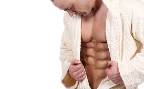 男人如何锻炼腹肌 5个运动有奇效